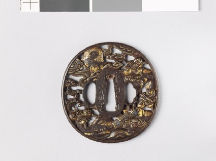 Tsuba depicting five warriors fighting during the Gempei wars