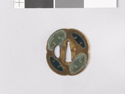 Lobed tsuba with ovals