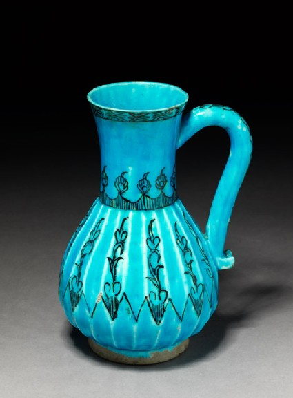 Jug with vegetal decoration