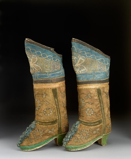 Pair of boots with flowers