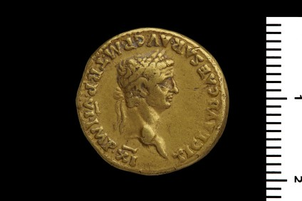 Roman imperial gold coin