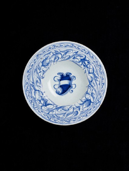 Plate with shield of arms