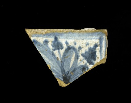 Tile fragment with floral decoaration