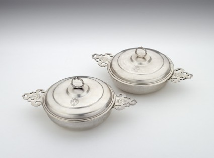 Bowl and cover, one of a pair