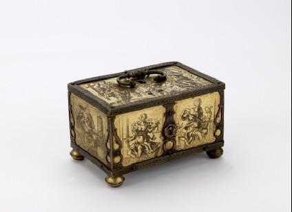 Miniature casket