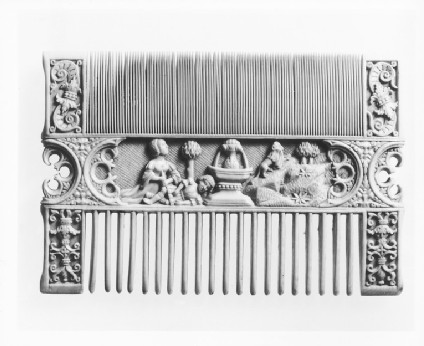 Decorated Comb
