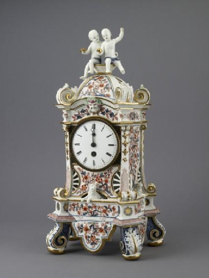 Porcelain clock case