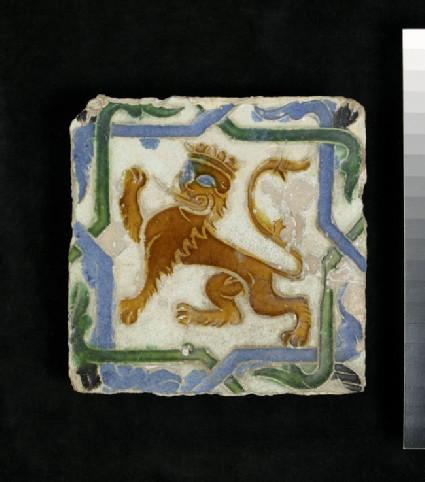 Arista tile with a lion