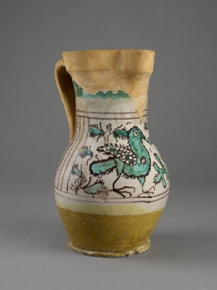 Jug with a bird between leafsprays