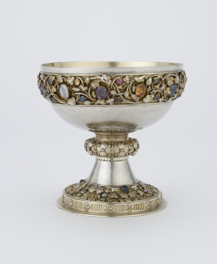 Cup decorated with semi-precious stones