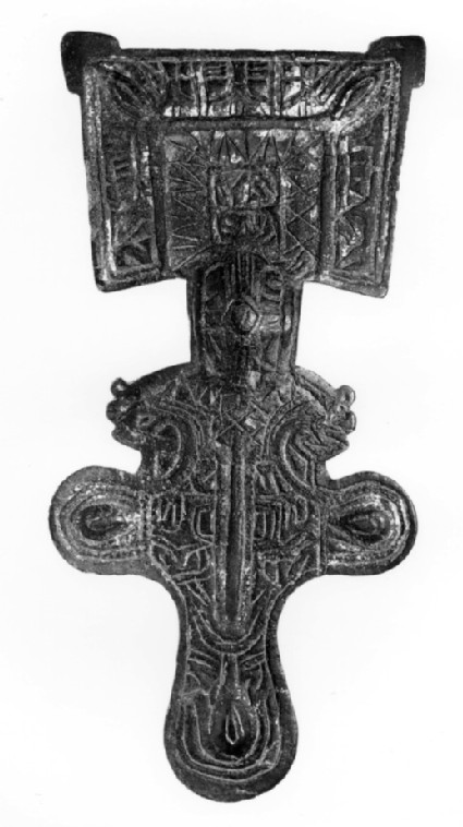Square-headed brooch with trapezoid head-plate with pointed angular 'ears'