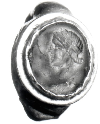 Intaglio gem, Artemis, set in finger-ring