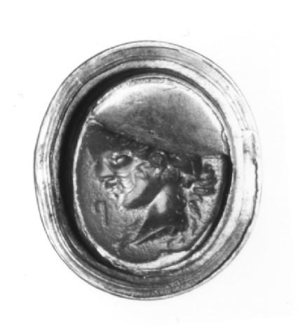 Intaglio gem, portrait head female