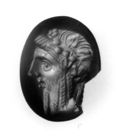 Intaglio gem, head of Dionysos