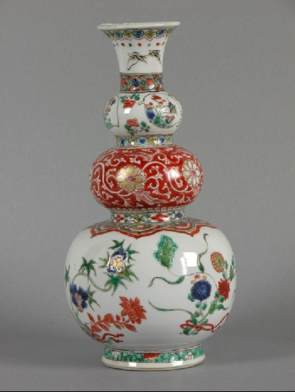Triple gourd vase