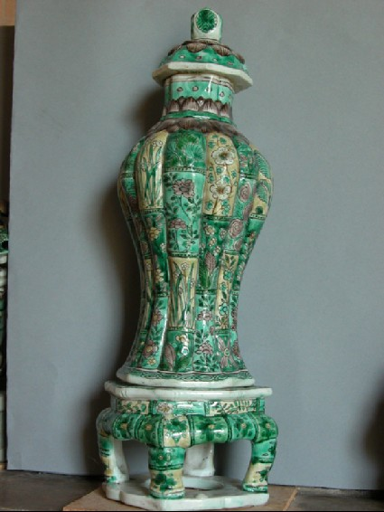Baluster vase with cover