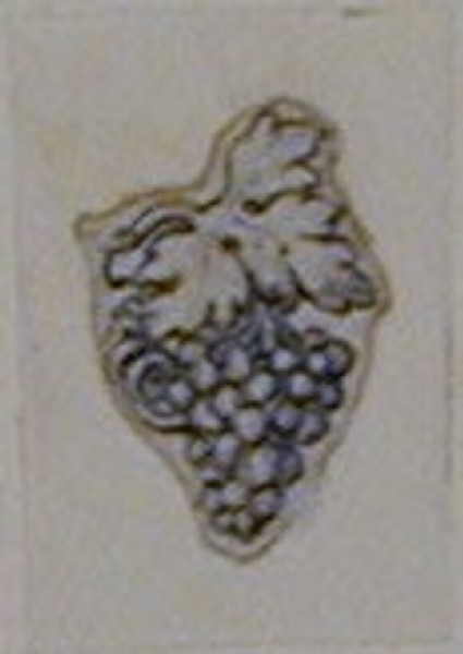 An Ornamental design depicting a bunch of grapes