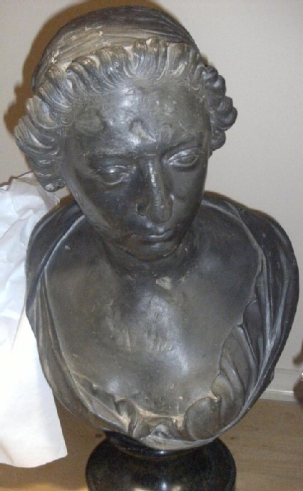 Portrait bust of an unknown lady