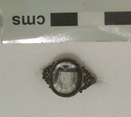 Ring containing portraits of first Pretender, James Frances Edward Stuart and second wife Clementina Sobieska