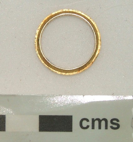 Commemorative finger ring