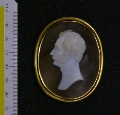 Cameo of Mr Fortnum