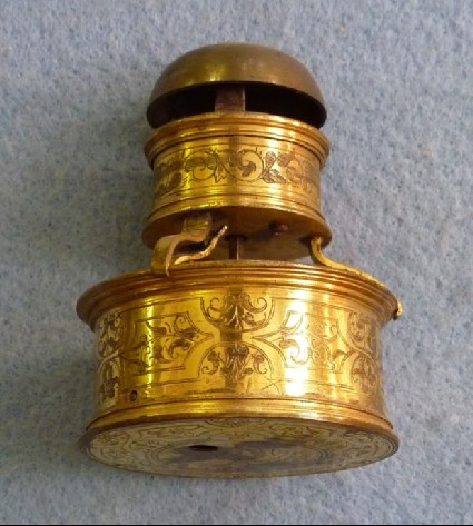 Gilt-brass cased horizontal table timepiece with detachable alarm