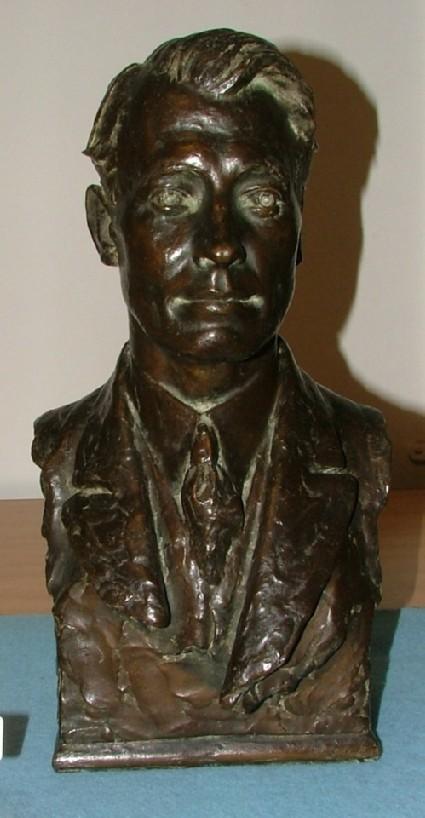 Victor Rienaecker