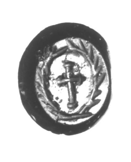 Intaglio gem, cross inside wreath