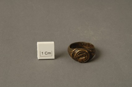 Finger ring with depiction of a goat