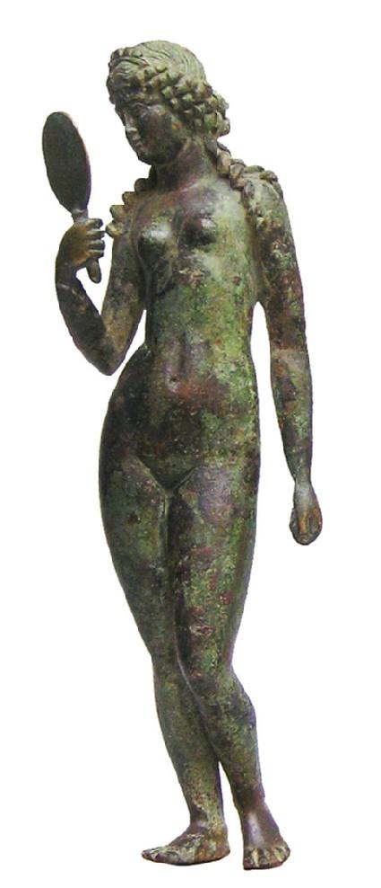 Bronze statuette of Venus holding a mirror