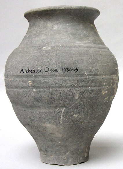 Urn found in Alchester