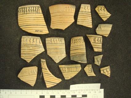 Early Proto-Corinthian bird kotyle rim and wall fragment, Wire Bird Group