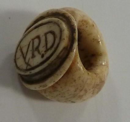 Intaglio finger ring inscribed 'VRD'