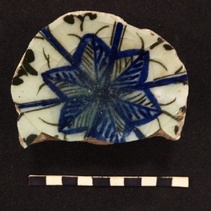 Base fragment with star-shaped flower