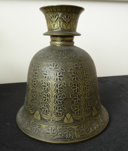 Bell-shaped hookah base with tall flowering plant motif