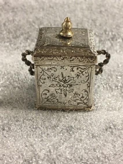 Miniature tobacco jar