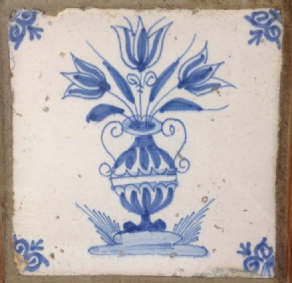 Tile with vase of flowers
