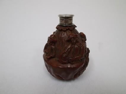 Nut flask