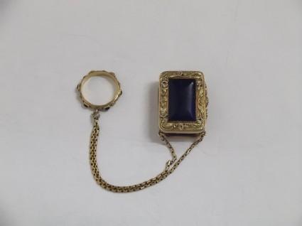 Vinaigrette and ring