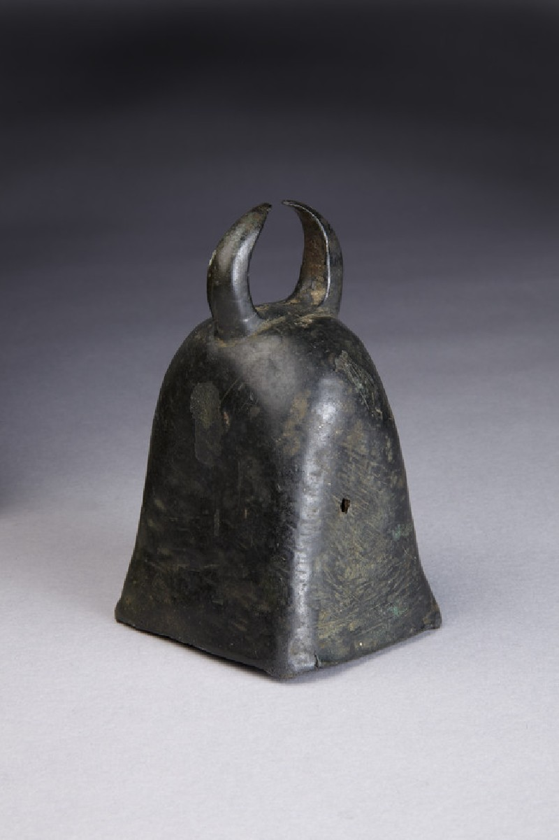 Bronze cattle bell