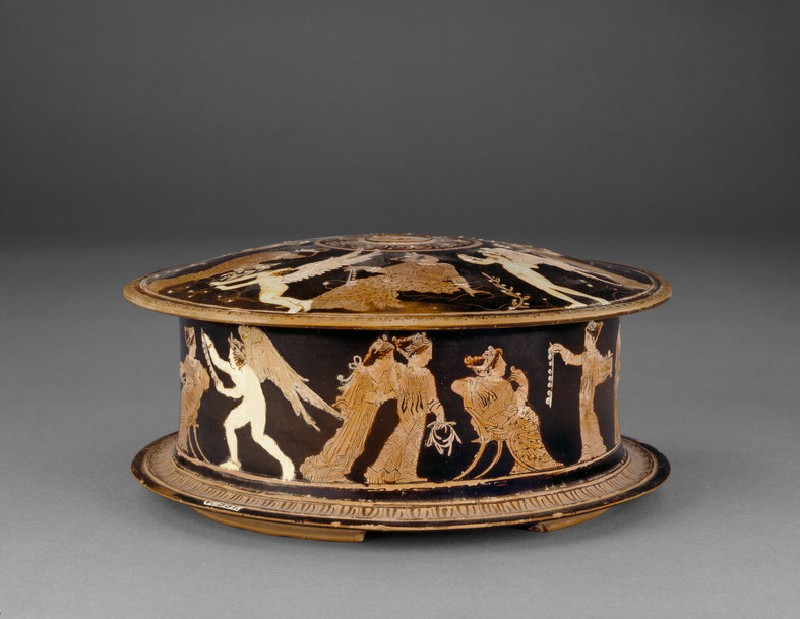 Attic red-figure pottery pyxis depicting a domestic scene