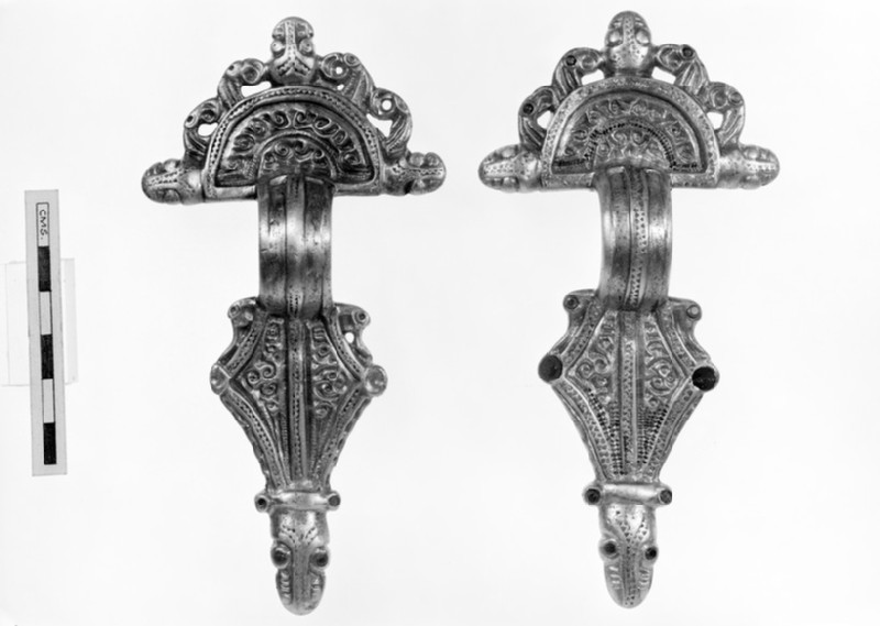 Radiate headed brooches (AN1909.614)