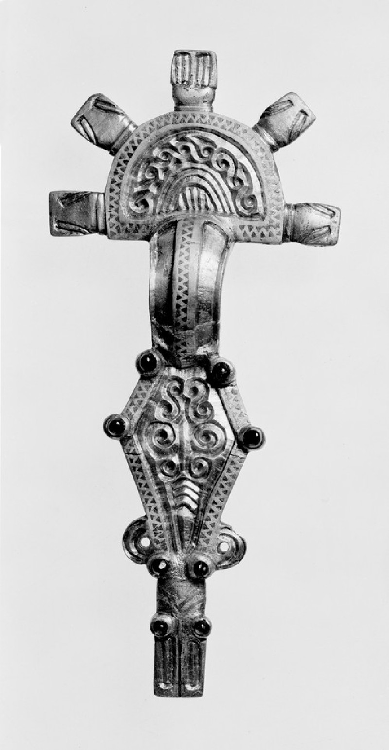Brooch (AN1909.775)