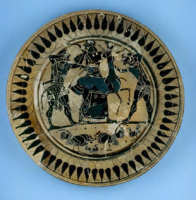 Attic black-figure pottery plate depicting a hunting scene