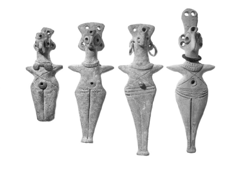 Female figurine with bird-head