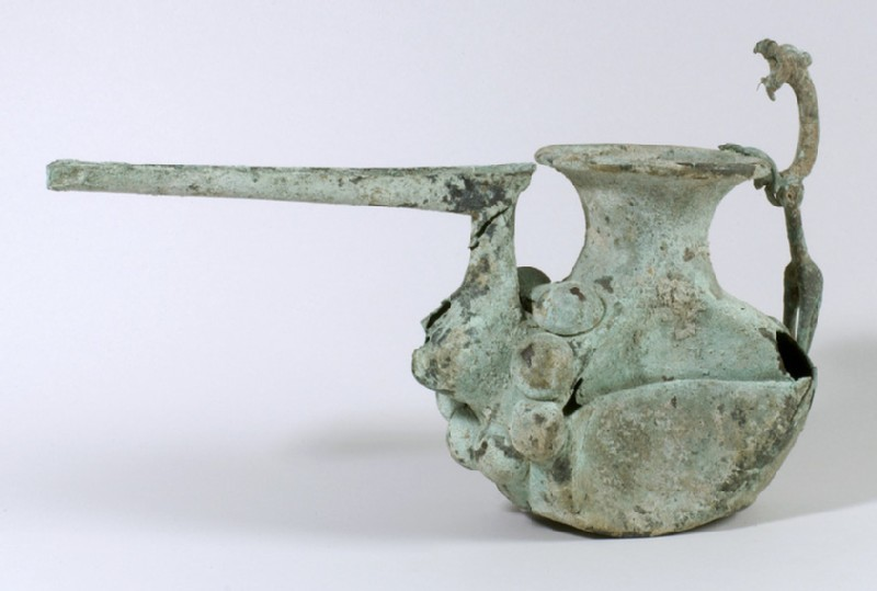 Spouted vessel (AN1951.332)