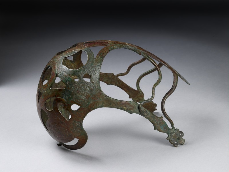 Bronze horse muzzle with engraved serpents and added bronze snakes (AN1971.833)