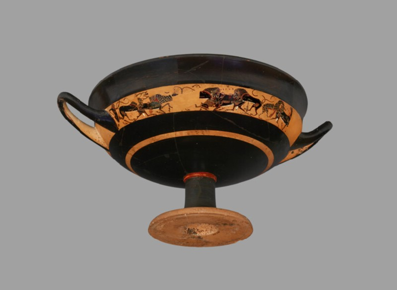 Attic black-figure stemmed pottery cup