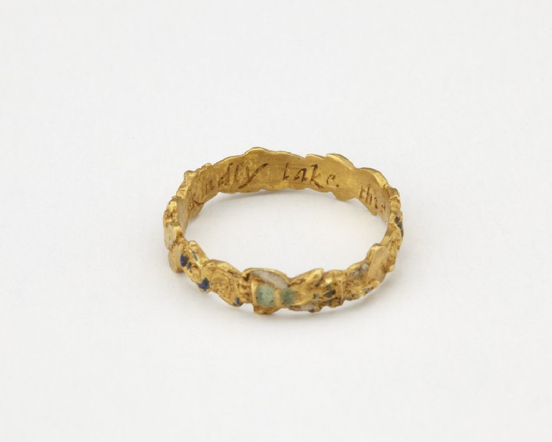 Gold posy-ring
