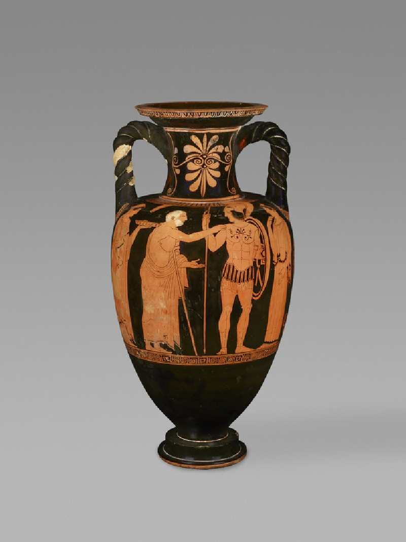 Attic red figure pottery amphora depicting a warrior taking leave (ANFortnum.C.196)